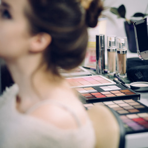 Makeup Specialist Outlook For 2021