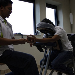 All Licensed Massage Therapists Should Know How to do Chair Massage