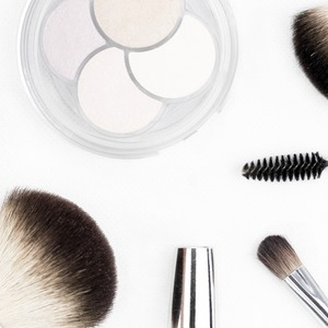 How Long Should You Keep Makeup Products?