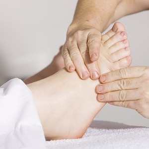 Reflexology Helps Ease Symptoms of Menopause