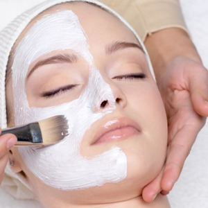 5 Tips For Beautiful Skin From an Esthetician